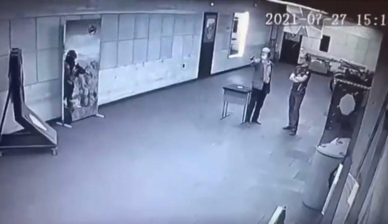 В Новосибирске мужчина застрелился в тире на глазах у инструктора