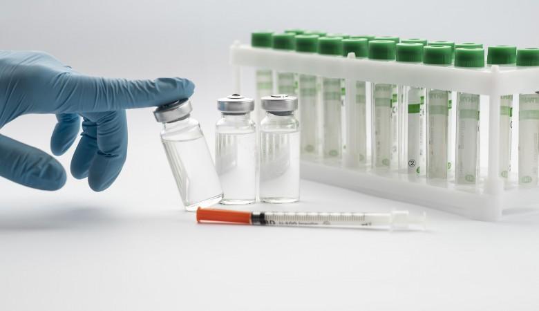 Новосибирскую вакцину от ковида привезли в Республику Алтай