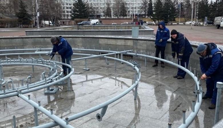 Неизвестные похитили оборудование с фонтана на Театральной площади в Красноярске
